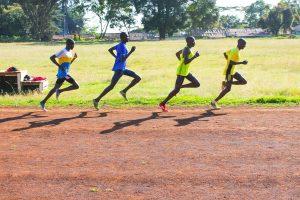 Lauftraining der Kenianer - Kamariny Stadion